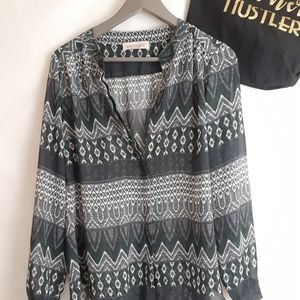 Philosophy tribal boho print tunic blouse small